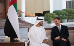الصورة: محمد بن زايد ووزير الخارجية البريطاني يبحثان علاقات البلدين والقضايا الإقليمية