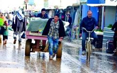 الصورة: مخاوف الشتاء تجتاح لاجئي مخيّم الزعتري