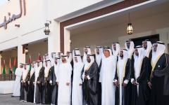 الصورة: محمد بن زايد يشهد العرس الجماعي في مجلس المنهل