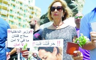 الصورة: لبنان..  رخص الموت على قارعة الطريق