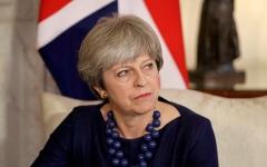 """الصورة: 47% من ناخبي بريطانيا يؤيدون بقاء """"ماي"""" في منصبها"""