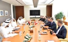 الصورة: بحث تعزيز التعاون بين أبوظبي وكندا في الطاقة والأمن الغذائي