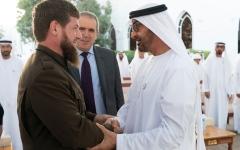 الصورة: محمد بن زايد يستقبل الرئيس الشيشاني