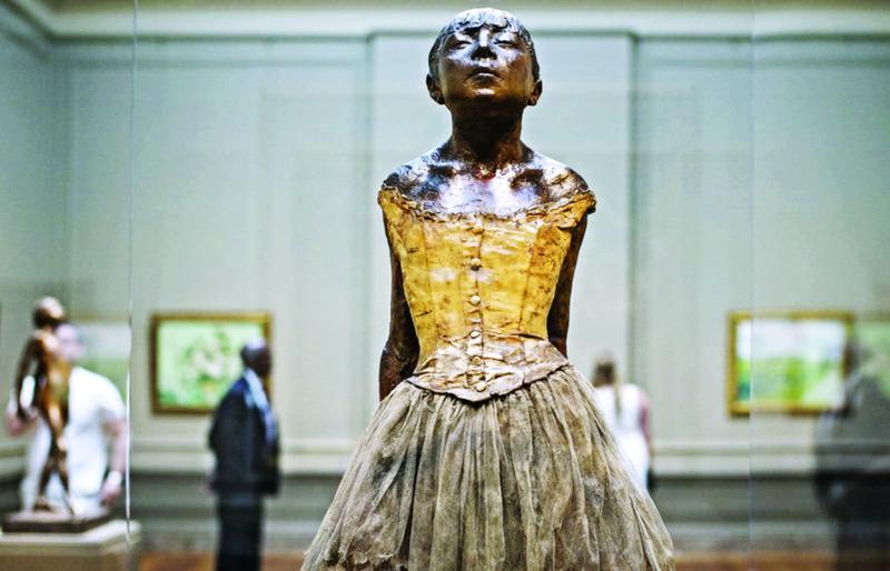 الصورة : ■ منحوتة ديغاس راقصة صغيرة عمرها 14 عاماً  |  من المصدر