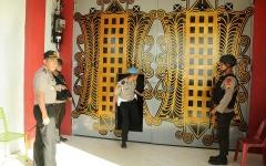 الصورة: شاهد.. ملاحقة 87 سجيناً فاراً في أندونيسيا