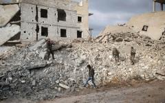 الصورة: إسرائيل تقصف مواقع إيرانية ولحزب الله في سوريا