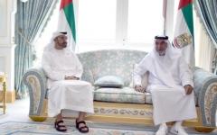 الصورة: فيديو.. رئيس الدولة يستقبل محمد بن زايد في قصر البطين