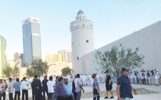 الصورة: الصورة: قصر الحصن يستقبل زواره بعروض مبهرة