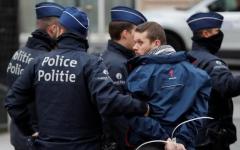 """الصورة: اعتقال 50 متظاهرا من """"السترات الصفراء"""" في بروكسل"""