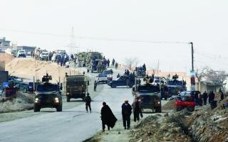 الصورة: 12 قتيلاً في اعتداء انتحاري قرب كابول
