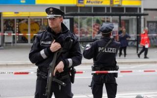 الصورة: الشرطة الألمانية تبحث عن منفذ هجوم ستراسبورغ وشقيقه