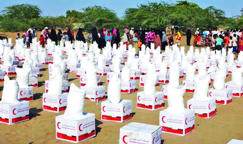 الصورة : Ⅶ  توزيع مساعدات «الهلال» في محافظة الحديدة      وام