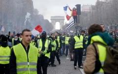 الصورة: «السترات الصفراء» ظاهرة فرنسية تغزو أوروبا