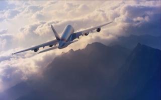 """الصورة: """"سلامة الطيران"""".. تحديات فوق السحاب"""