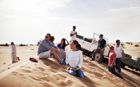 الصورة: صحراء الإمارات وجهة هواة السفاري في العالم