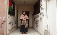 الصورة: «خنساء فلسطين».. أم شهيد وستة أسرى تقاوم الاحتلال بالصمود