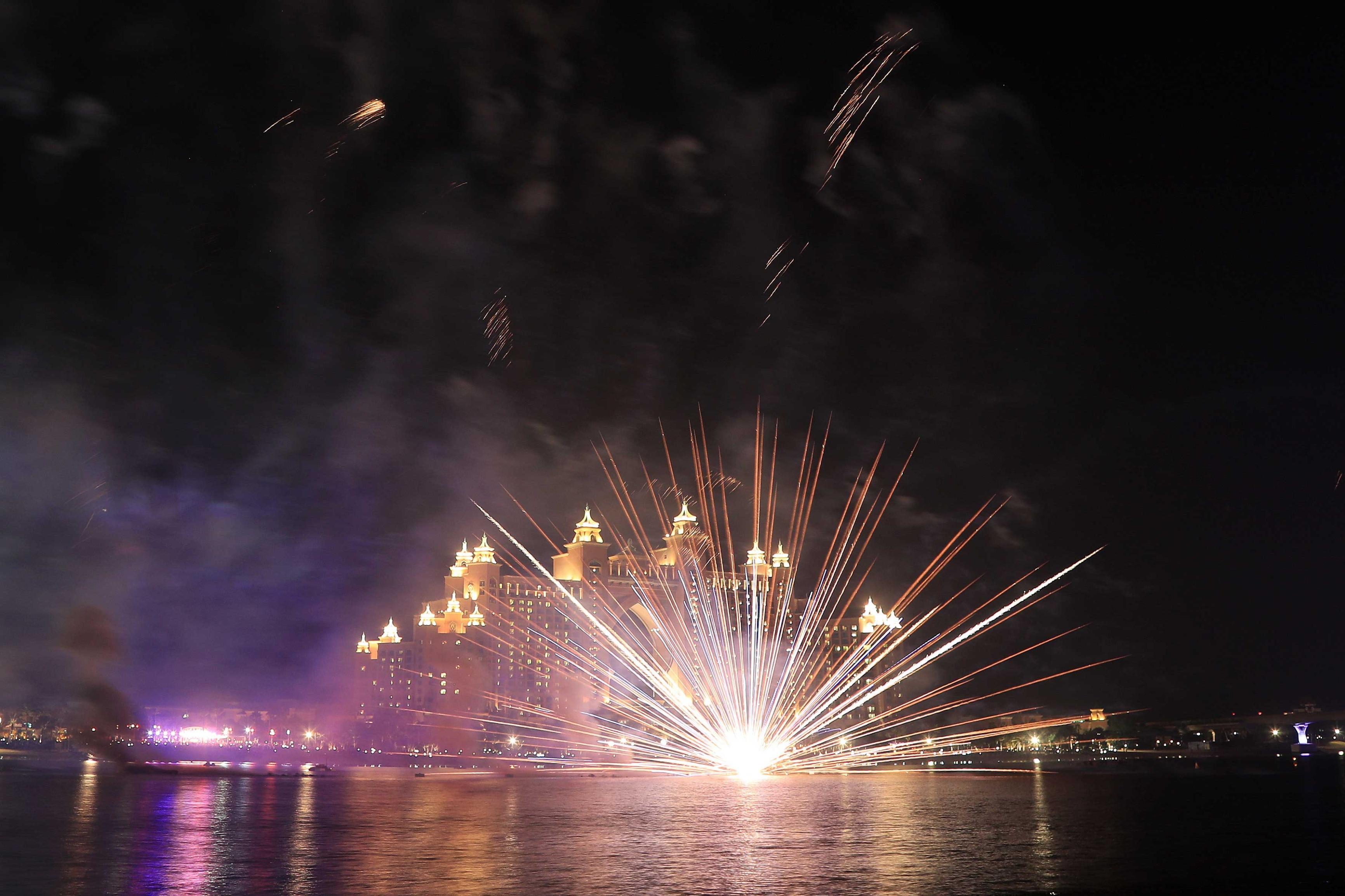 الصورة : احتفالات رأس السنة في اتلانتيس النخلة - تصوير : عبدالله المطروشي