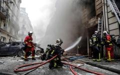الصورة: مقتل 3 وإصابة 50 في انفجار ناجم عن تسرب غاز في باريس