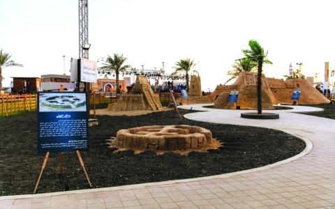 الصورة: الصورة: 12 مجسّماً تروي تاريخ الإمارات في «زايد التراثي»