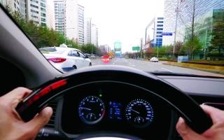 الصورة: «هيونداي» تطور تقنية لمساعدة السائقين ذوي الإعاقة السمعية
