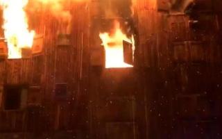 الصورة: بالفيديو.. قتيلان في حريق بمنتجع للتزلج في فرنسا