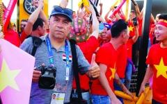 الصورة: الصورة: رافق العقابي يوثق كأس آسيا