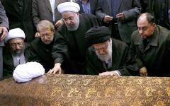الصورة: نزاع العمائم.. أزمة سياسية في طهران.. من يخلف خامنئي؟