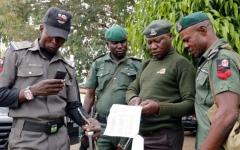 الصورة: دوي انفجارات في نيجيريا قبل ساعات من بدء الانتخابات