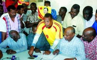 الصورة: الصورة: محكمة سودانية تصدر أمراً بالقبض على بكري المدينة