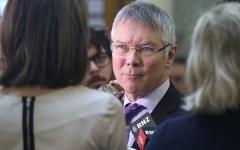 الصورة: المدعي العام النيوزيلندي: الحكومة لم تلتزم بحظر الأسلحة الآلية الخفيفة