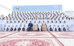 الصورة: الصورة: ولي عهد دبي يرعى حفل تخريج الدورة 19 من خريجي كلية راشد بن سعيد آل مكتوم البحرية