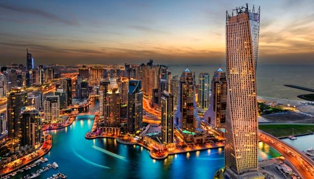 دبي توظف التكنولوجيا في تحويل التحديات إلى فرص style=