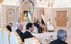 الصورة: الصورة: محمد بن زايد ورئيس أوزبكستان يشهدان مراسم تبادل اتفاقيات ومذكرات تفاهم بين البلدين