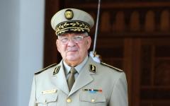 الصورة: الصورة: رئيس أركان الجيش الجزائري: يجب تطبيق الحل الدستوري فوراً