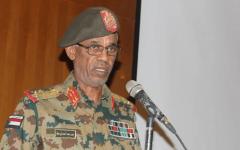 الصورة: الصورة: بالفيديو..الجيش السوداني يعزل البشير