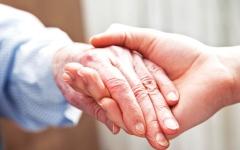 الصورة: الصورة: الرعاية الصحية المنزلية أولوية في «صحة دبي» لتعزيز سعادة المجتمع