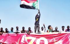 الصورة: الصورة: البرهان: حكومة مدنية في السودان