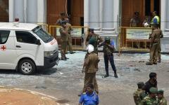 الصورة: الصورة: بعد 8 انفجارات.. سيريلانكا تعلن حجب مواقع التواصل الاجتماعي