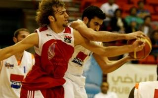 الصورة: الصورة: السلة ليست بخير وألقاب الخليج خادعة