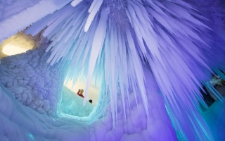 الصورة: الصورة: ابداعات كهوف نينغو الجليدية في الصين