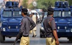 الصورة: الصورة: مسلحون يقتحمون فندقاً فخماً في باكستان