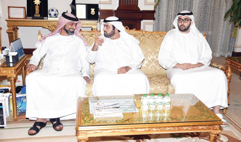 الصورة : عمار النعيمي ومحمد الشرقي وراشد بن سعود