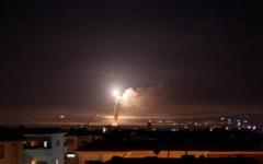 الصورة: الصورة: انفجارات عنيفة في دمشق ناجمة عن صواريخ إسرائيلية