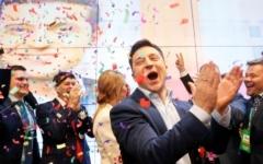 الصورة: الصورة: من ممثل كوميدي إلى رئيس أوكرانيا.. تعرف على فولوديمير زيلينسكي