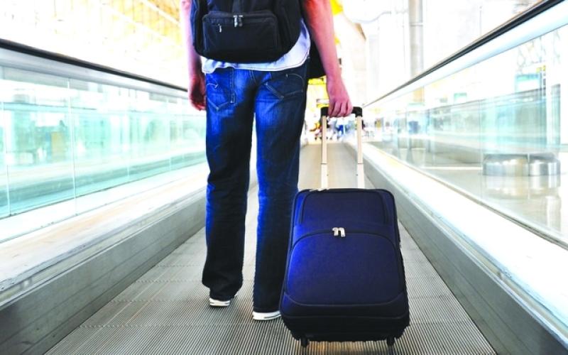 الصورة: الصورة: رسوم الأمتعة.. تكاليف خفية تزيد سعر تذاكر السفر