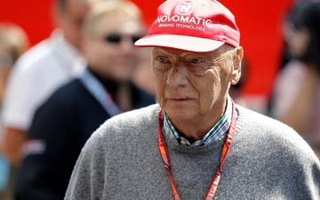الصورة: الصورة: وفاة لاودا بطل العالم السابق للفورمولا 1