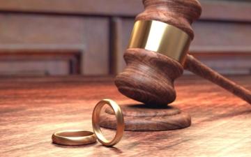 الصورة: الصورة: «محكمة الأحوال الشخصية»: الطلاق جده جد وهزله جد