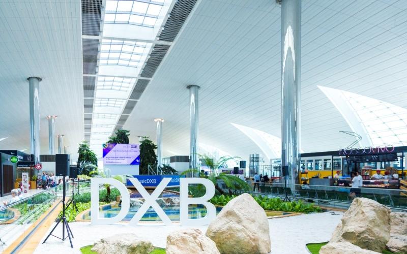 الصورة: الصورة: إغلاق المدرج الشمالي في مطار دبي لإجراء أعمال صيانة