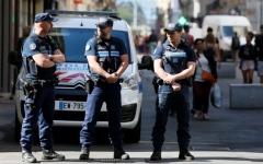 الصورة: الصورة: وزير الداخلية الفرنسي: اعتقال مشتبه به في هجوم ليون