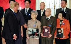 الصورة: الصورة: الرئيس الأمريكي يساند عائلات يابانيين مخطوفين لدى بيونغ يانغ